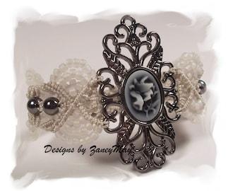 Romantic Lace Macrame Bracelet, Pattern in PDF