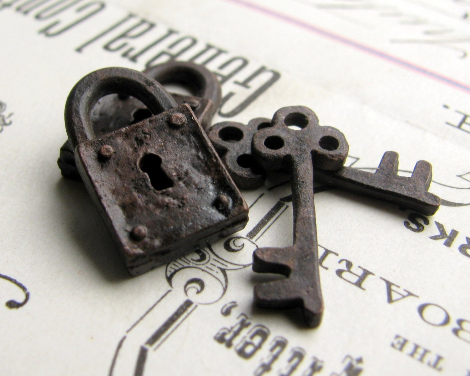 Rustic weathered jewelry box lock and key charm sets from for Jewelry box with key