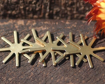 Claw 18mm Setting or Prong Setting for Metalworking Stamping Texturing Soldering Blanks, Variety of Metal, - 6 pieces