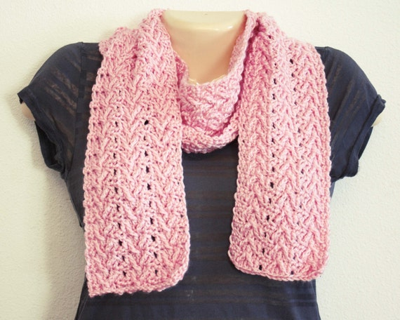 Crochet Vs Knit Scarf : ... crochet pattern, scarf pattern, womens scarf pattern, knit look scarf