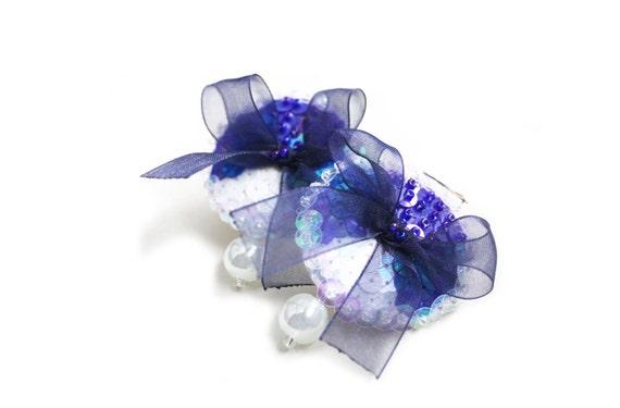 Earrings Blue White Sequins felt bow pearl