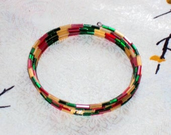 KARMA CHAMELEON  glass Bugle Beads - Memory Wire Wrap Bracelet