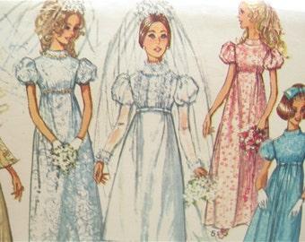 Simplicity 8589 Empire Waist 1960s Lace Wedding Dress Vintage Sewing Pattern with Detachable Train Bust 34