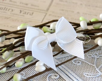 12 pcs Adorable WHITE Grosgrain Butterfly Small Bows, Fabric Bows Tie, Hair accessories.
