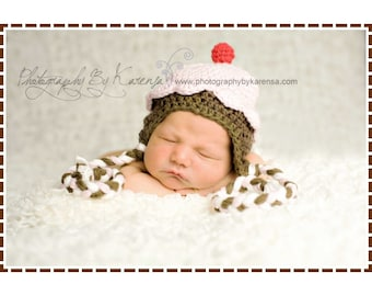 Cupcake Hat Crochet Pattern, 8 Sizes from Newborn to Adult,  LIL' CUPCAKE Ear Flap - pdf 202