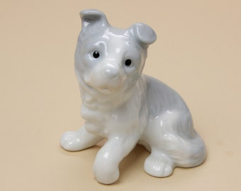 Collie Puppy Dog Figurine in Porcelain - Lladro Style Grey and White