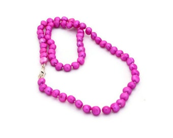 Freshwater Pearl Necklace Handknotted hot pink fuschia