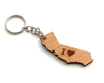 I Heart California Keychain. Sustainable Black Cherry Wood. Timber Green Woods USA. I Love California.