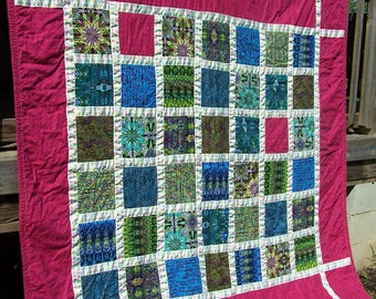 CLEARANCE!  Handmade quilts, lap quilt, wall hanging, quilted throw