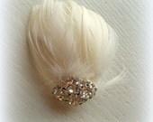 Wedding Hair Clip,  Small Fascinator,  Mini Feather Hair Clip,  Short Hair Clip,  Ivory Bridal Hair Comb,  Wedding Comb, Decorative Comb
