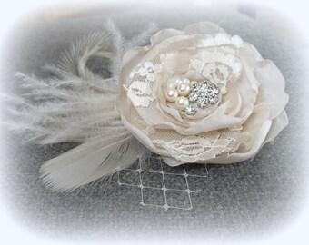 Wedding Fascinator, Bridal Hair Comb, Floral Hair Comb, Bridal Fascinator, Champagne Flower Hair Clip, Ivory Hair Clip, Wedding Accessories