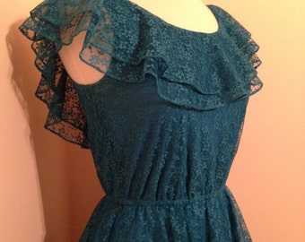 Stunning Feminine Spring Summer 70s Vintage Boho/Wedding/Bridesmaid/Party Dress In Blue Lace
