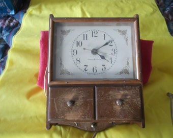 General Electric Clock     1950s    FREE SHIPPING