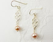 Pink  Pearl  Earrings  /  Sterling Silver   /  Drop Dangle / Vintage Style /  Romantic