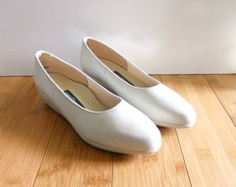 Vintage Ivory Beige White Leather Dress Heels Wedges Sz 7 M