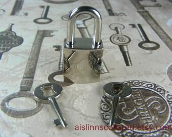 Padlock Key with 2 Keys