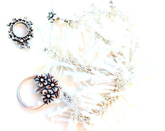 snow flower. bracelet. christmas gift. bridal bracelet. matte white. wire wrapped bugle beads. seed beads. flowerclasp.