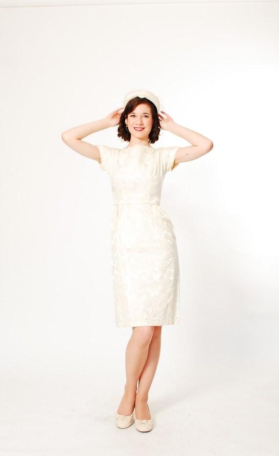 1960s dress 60s courthouse wedding dress ivory brocade for How to dress for a courthouse wedding