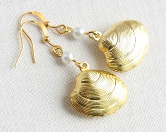 Gold Shell Earrings, White Pearl Earrings, Beach Wedding Earrings, Bridesmaid Gift, Conch Earrings, Matching Chain Necklace Available