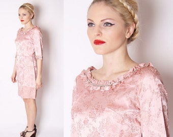 Pastel Rose Pink 60s Short Metallic Brocade Cocktail Dress with Rhinestone Collar and Cuff /Jacquard Dress / Pink Cocktail Dress / 1973