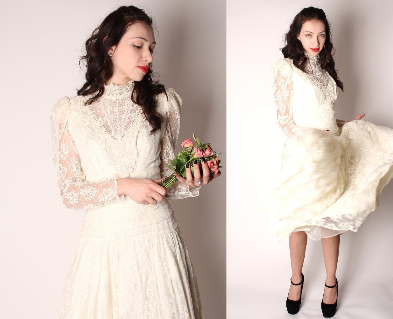 Vintage 60s victorian style renaissance lace wedding dress for 60s style wedding dresses
