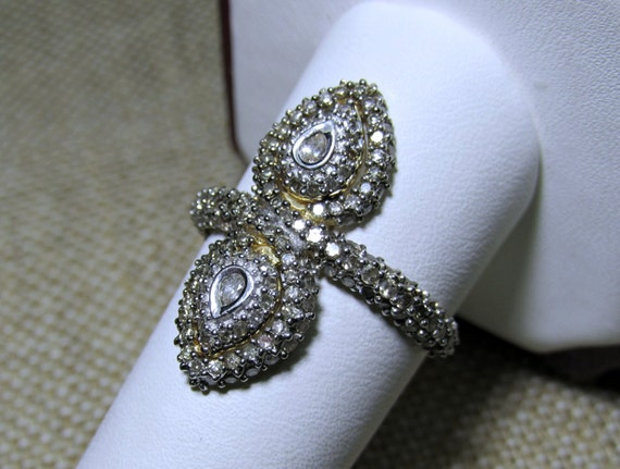 14k Solid Gold Diamond Cocktail Ring Pave Vintage 3.6grams Size 9