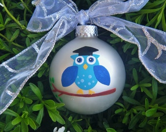 Graduation Owl with Tassle Cap - School Ornament - Personalized Christmas Ornament - Handpainted Glass Ball, Senior 2015, Class of 2015