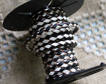 1 meter of 3mm Black & White Braided Bolo Leather Cord