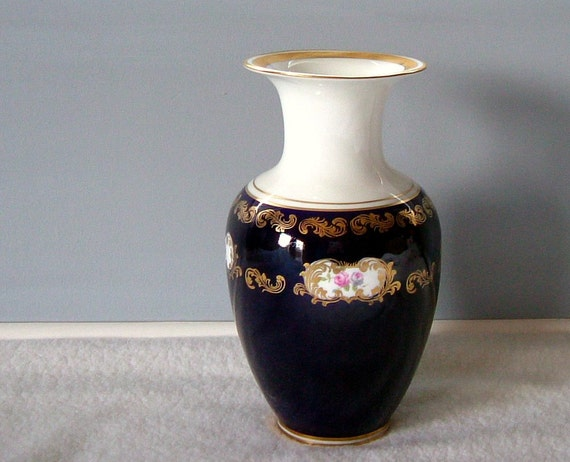 Echt Kobalt Vase : items similar to vintage reichenbach echt kobalt vase ~ Michelbontemps.com Haus und Dekorationen