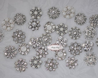 30 pcs CLEAR Crystal Rhinestone Assorted Embellishment Buttons Flatback
