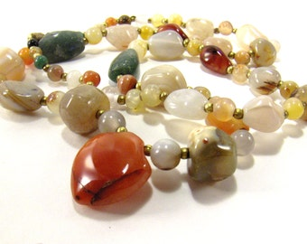 Vintage Semi Precious Stones Necklace Multi Colored Beads ~ epsteam vestiesteam thebestvintage