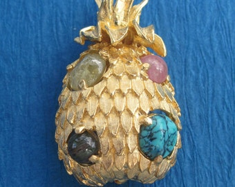 Vintage Pineapple Brooch By Jeanne Costume Jewelry Pin