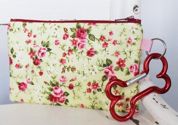 Pet Mess Clean Up Bag / Shabby Chic Flowers  / Pet Leash Purse
