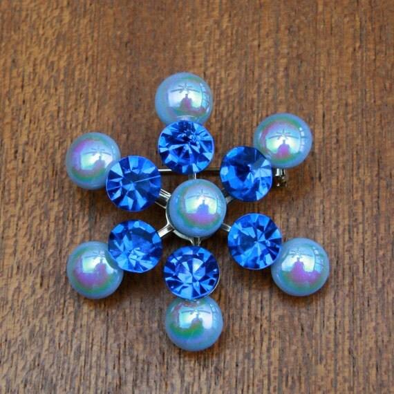 Vintage 60s Starburst Brooch with Blue Stones