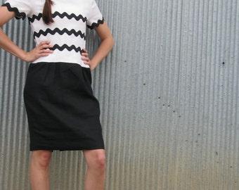 Vintage 1980s Black and White GRAPHIC Mod Wiggle Dress Secretary