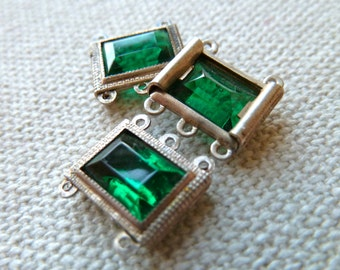 Vintage Green Glass Silver Metal Connector Links - Rectangular Glass Jewel set in Antique Silver Metal - Qty 3 Pair / 6 Pcs