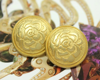 Metal Buttons - Rose Metal Buttons - Embossed Rose Flower Bloom Pattern Gold Shank Buttons, 0.79 inch.8 in a set