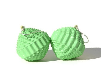 Mint: Statement Earrings PALLA - made of corrugated cardboard