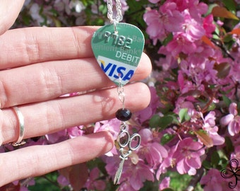 Visa Pick Necklace with Scissors