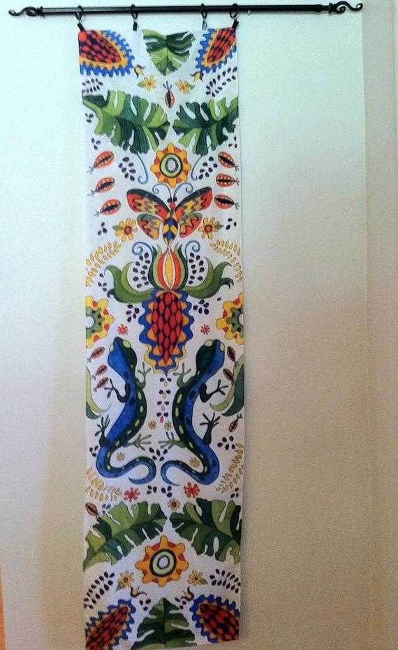 MI JARDIN Silk Wall Hanging