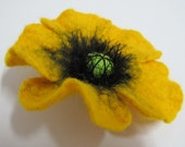 Felted poppy flower brooch Eco-friendly