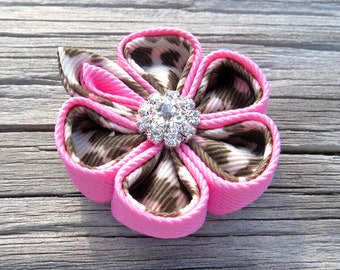 Hair clip Ribbon Kanzashi Flower Color Pink on Pink and Brown Leopard Print