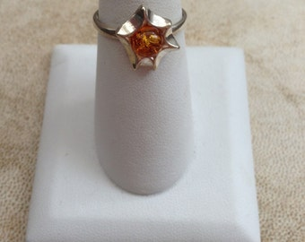 Unique vintage amber ring
