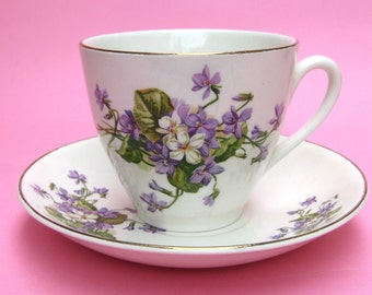 Vintage English Violets Pansy Flower Staffordshire China Teacup Tea Party Cup Lilac Lavender Purple Ivory Cream White Spring Summer