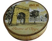 Vintage French Sucre Candy Tin