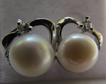 AAA smooth Potato White Fresh Water Pearl Smooth Silver Stud Earrings