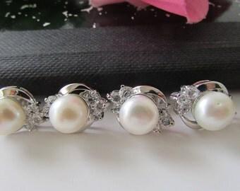 Set of Two Pearl Earrings Bridal Gift Wedding Gift Bridesmaid Gift Pearl Earrings White Pearl Stud Earrings Wedding Pearl