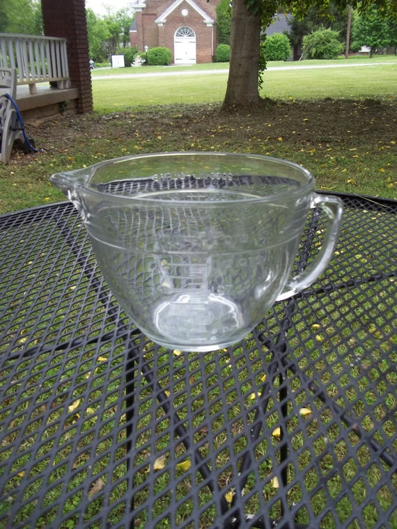 Vintage Large Anchor Hocking Glass Mixing Bowl And Measuring