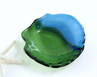 Fused Glass Shell Dish - Turquoise and Kelly Green - Soap Dish, Trinket Dish, Candle Dish