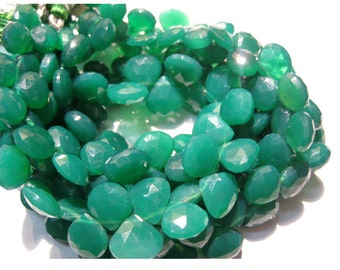 Green Onyx/ Heart Briolettes/ Faceted Gemstones/ Briolette Beads - 20 Pieces - 10mm To 11mm Each